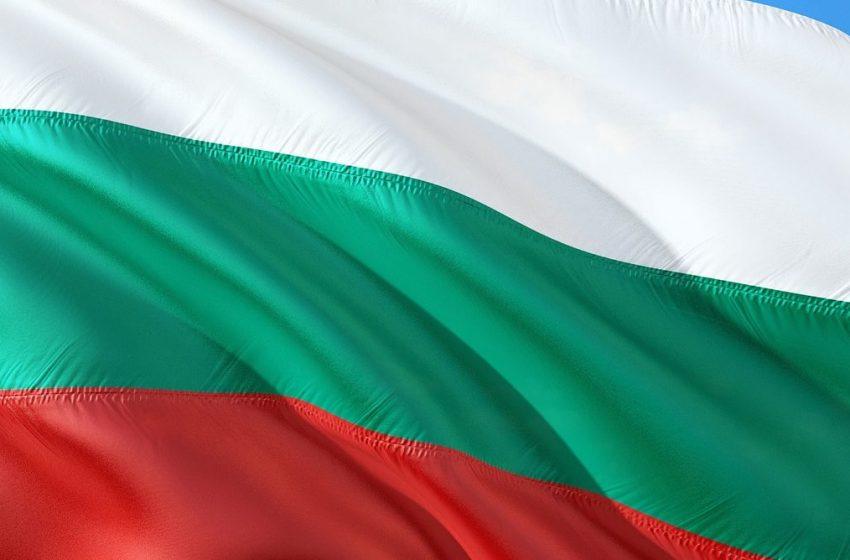 България ще даде 1 800 000 лева за бежанците в Турция