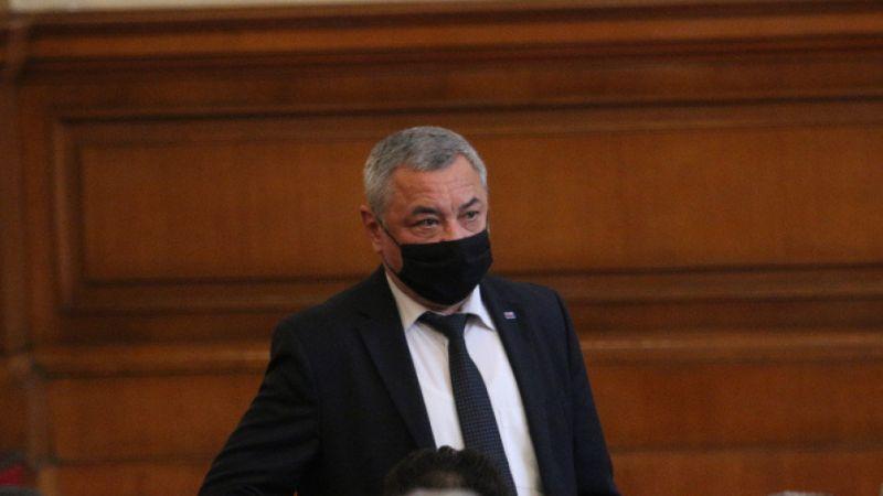 Валери Симеонов иска да се затворят детските площадки и парковете