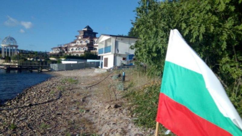 ГЕРБ-Бургас вече не иска пътят до сараите на Доган да е общински